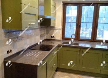 Столешница для кухни из Corian с литой мойкой, примеры работ