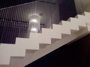 Ступени и лестницы из кварца